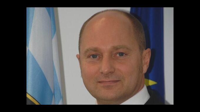 Bomba wird neuer Staatssekretär