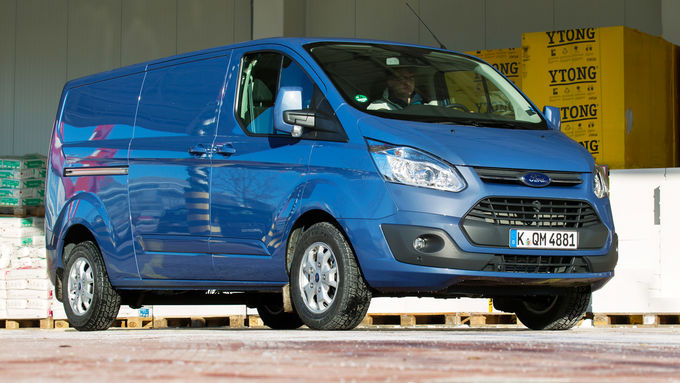 Ford Transit Custom Limited 310, Front