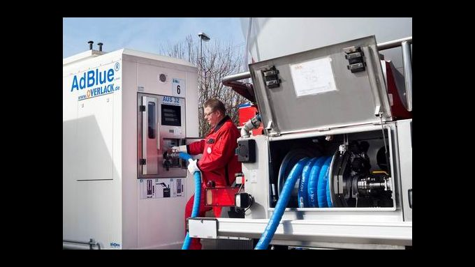Hoyer: Adblue-Transport zertifiziert