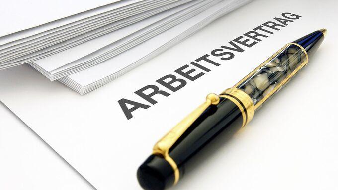 Kugelschreiber Arbeitsvertrag