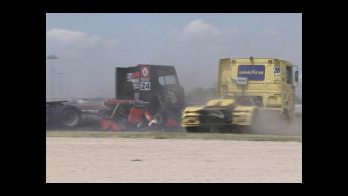 Spektakuläre Truck Race Unfälle