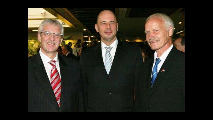 Josef Kunz, Bundesverkehrminster Wolfgang Tiefensee, Peter Reichelt (v.l.)