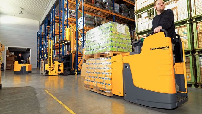 Logistikcenter Nuss GmbH