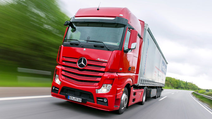 Mercedes Actros 1851 Gigaspace