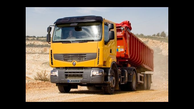 Renault bietet Allradantrieb #x84;light#x93; für Baustellen-Lkw