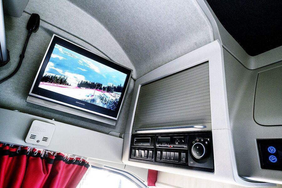 digital video broadcast fernsehen im lkw eurotransport. Black Bedroom Furniture Sets. Home Design Ideas