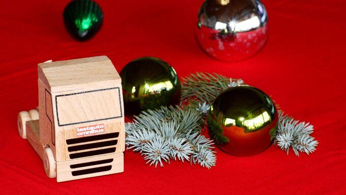 kugeln, lastauto omnibus, weihnachten
